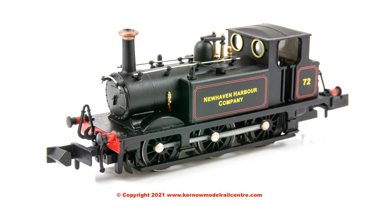 2S-012-016 Dapol 0-6-0 Terrier A1X Steam Locomotive number 72